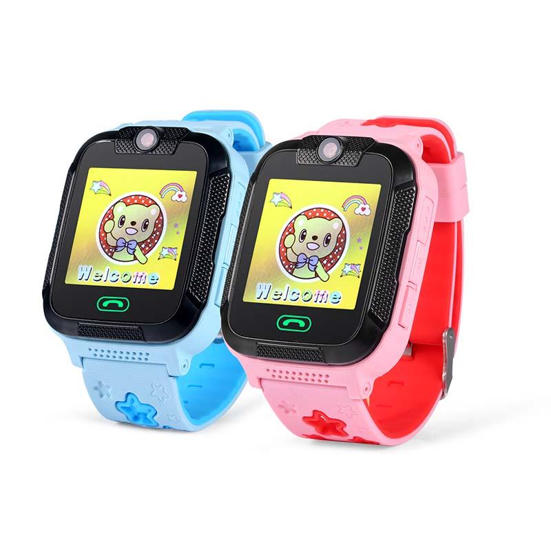 Hướng dẫn sạc pin cho Đồng hồ định vị trẻ em GW2000