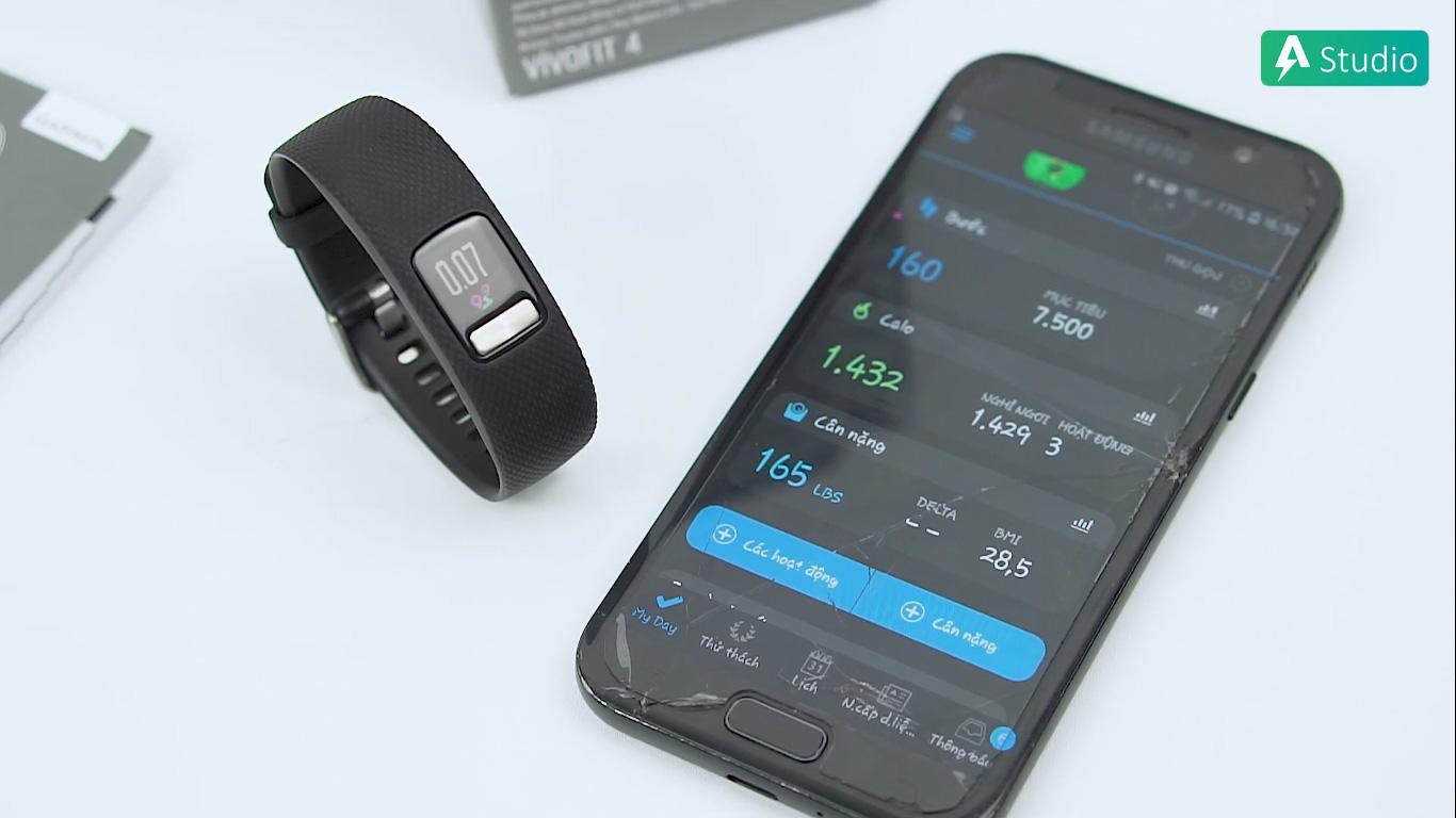 Vòng tay tự đồng bộ với Garmin Connect