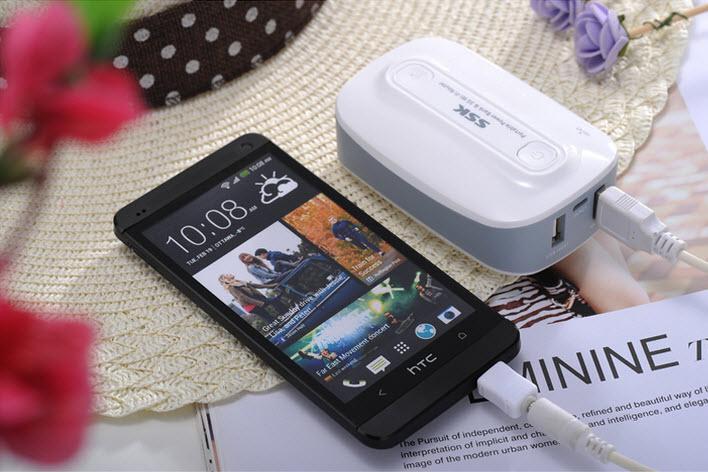Sac-pin-du-phong-kiem-bo-phat-wifi-3g-ssk-518-6600-mah-L6