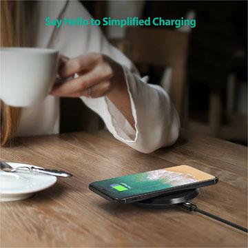 Vì sao chuyên gia khuyên dùng sạc không dây RAVPower PC063 cho Smartphone