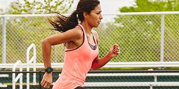 Top 4 đồng hồ thông minh Garmin hỗ trợ chạy bộ tốt nhất