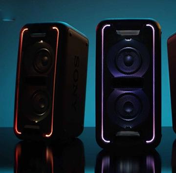 Đắm mình vào âm nhạc cùng loa bluetooth công suất khủng Sony XB90
