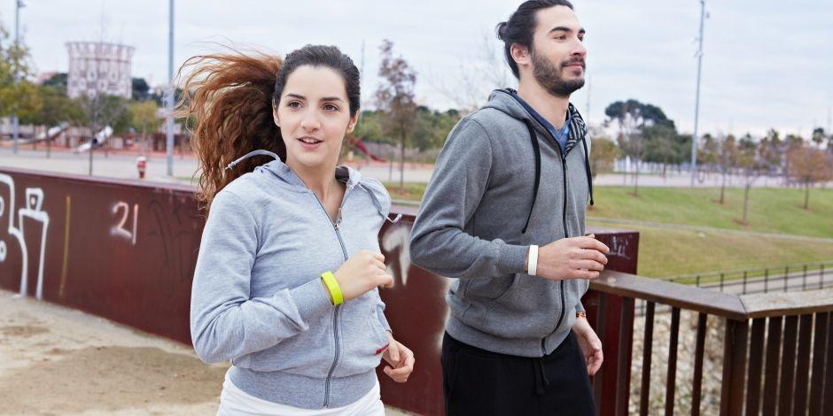 Top 4 vòng đeo tay thông minh hỗ trợ tập thể thao tốt nhất